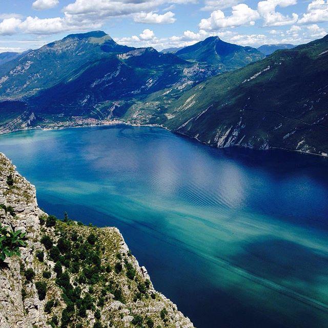 NO FILTER! Lake Garda goes crazy today!#thanksmothernature #nickrider #hotelsantoni #puntalarici #amazing #incredible #gardatrentino #sarca @gardaoutdoors @instagarda @gardatrentino