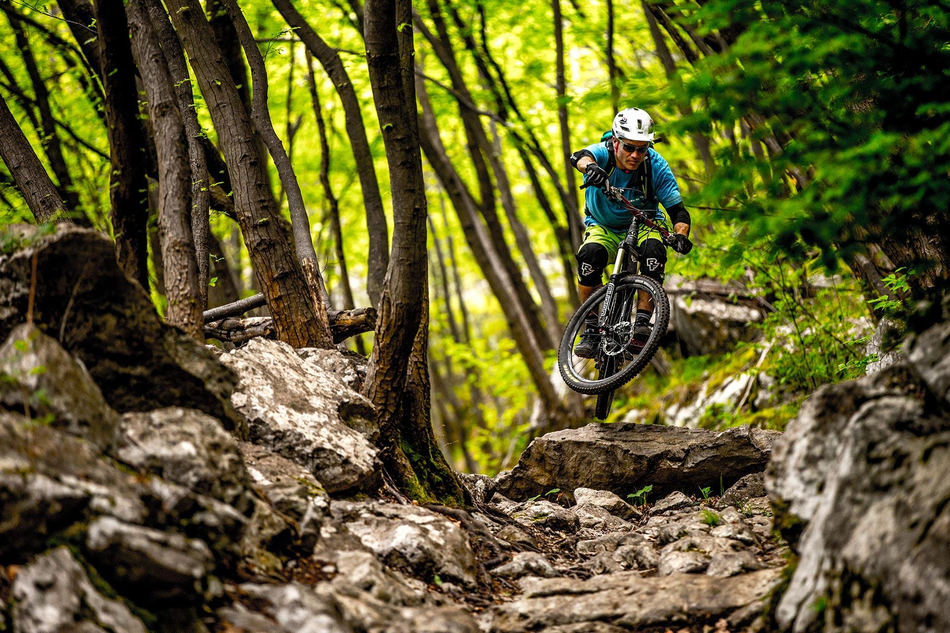 mountainbike-lago-di-garda_torbole_hotel-santoni-freelosophy2.jpg