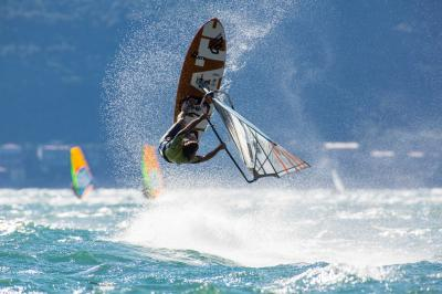 best spot windsurf
