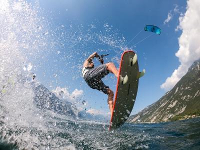 Kitesurf al Lago di Garda Hotel Santoni