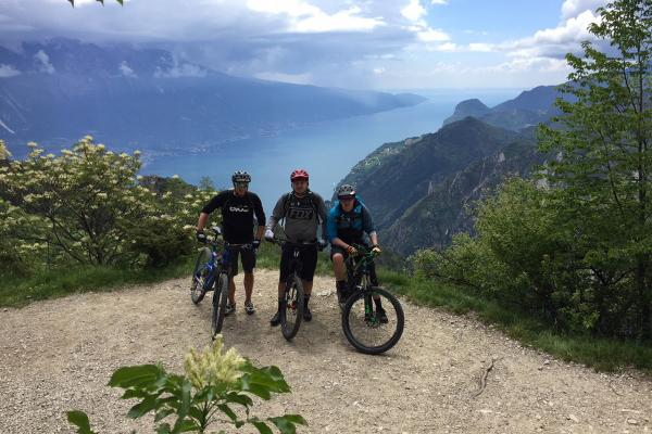In MTB a Tremalzo, affacciato sul Lago di Garda!